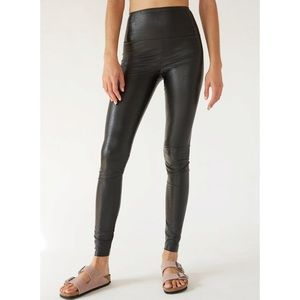 Aritzia Wilfred Free Daria Pant High Waisted Vegan Leather Legging Black